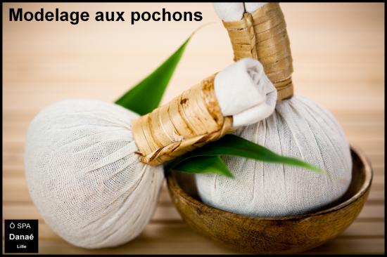 Massage aux pochons Ô Spa Danaé Lille